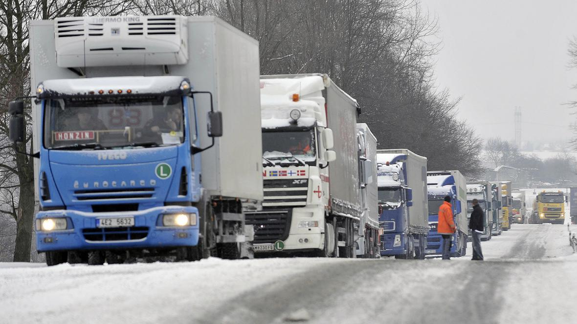 Uvázlé kamiony