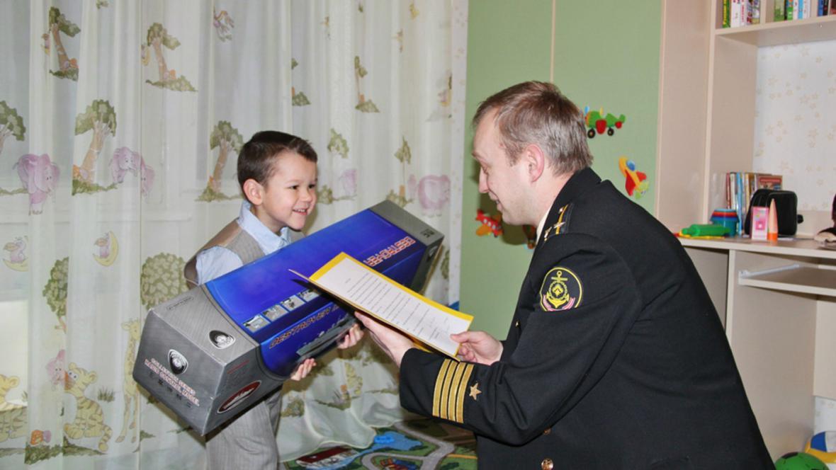 Arťom z Gadžijeva dostal model torpédoborce