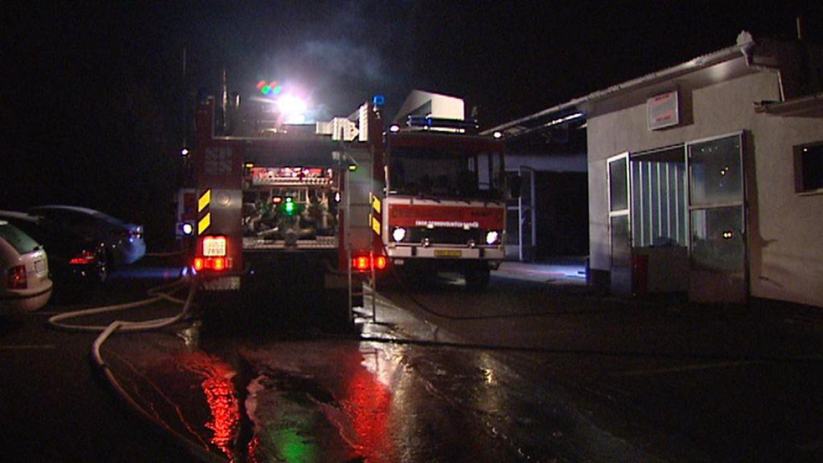 Zásah hasičů při požáru v Činěvsi