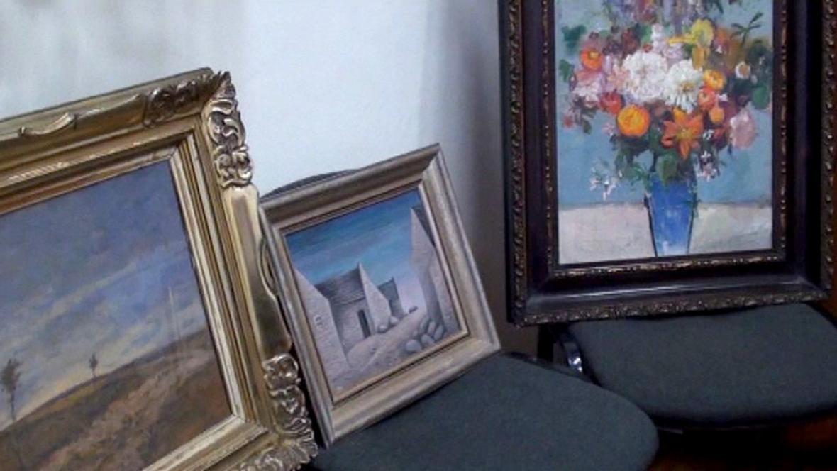 Obrazy zabavené u Leonarda Adamce