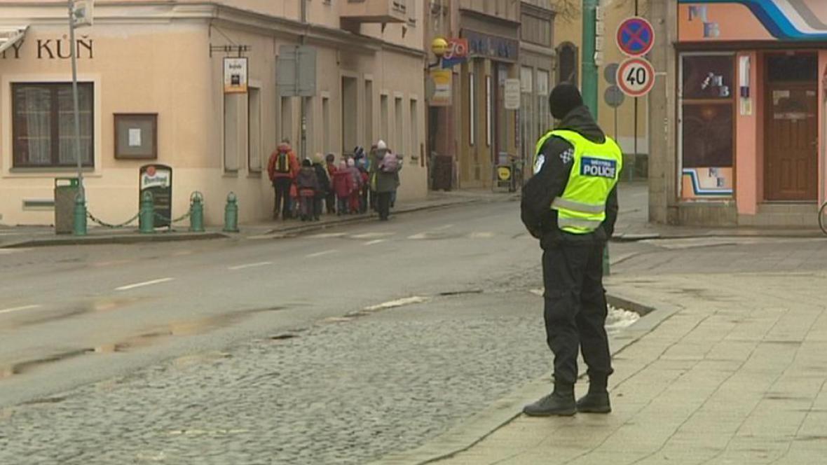 Nová městská policie dohlíží na pořádek v ulicích