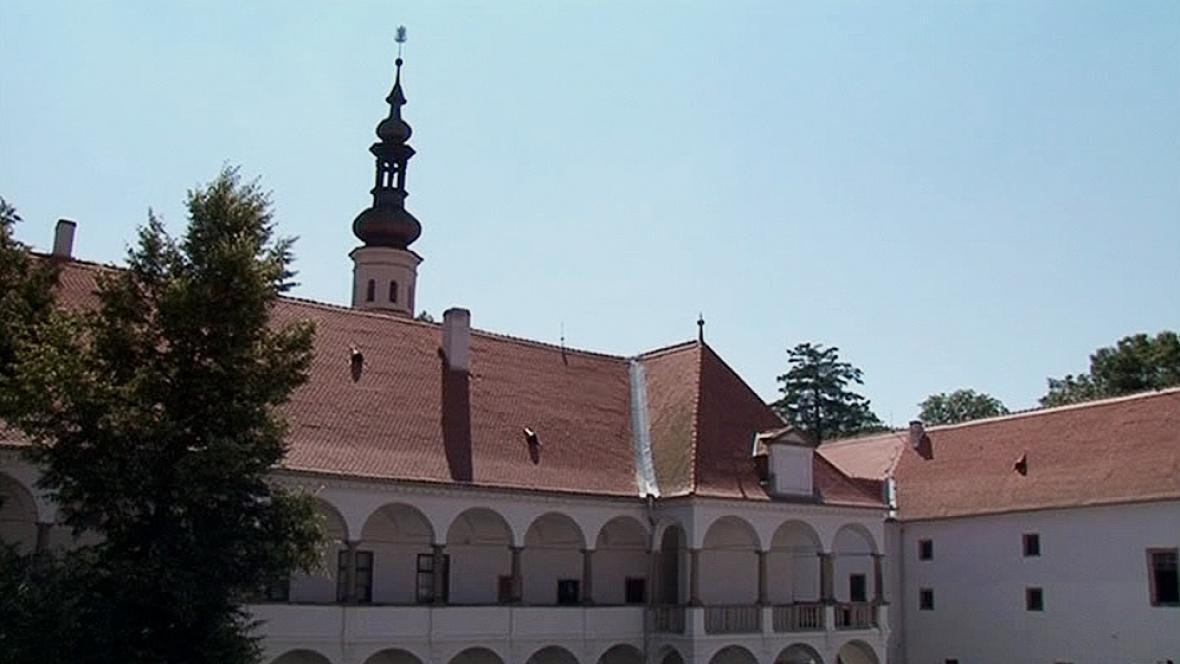 Zámek v Oslavanech