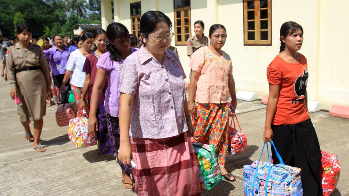 Barma propouští vězně