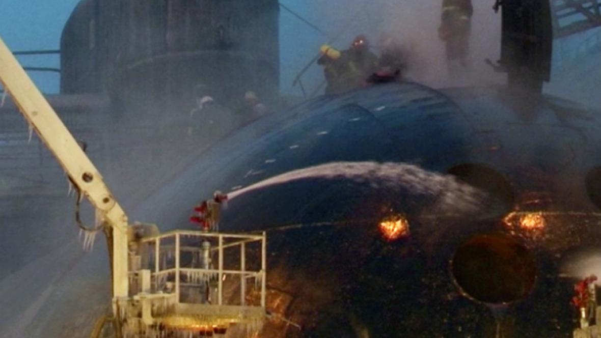 Požár v doku s jadernou ponorkou