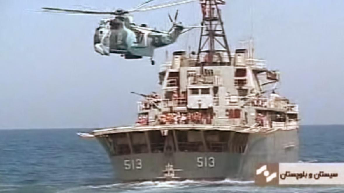 Námořní manévry
