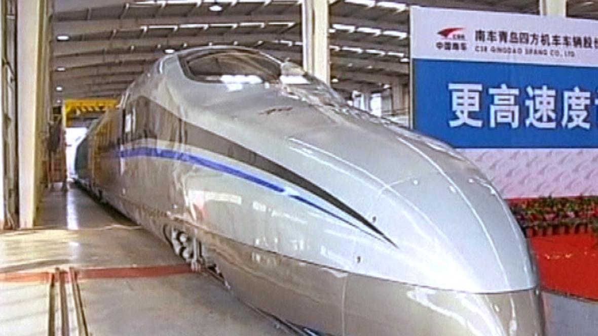 Čína představila nový rychlovlak