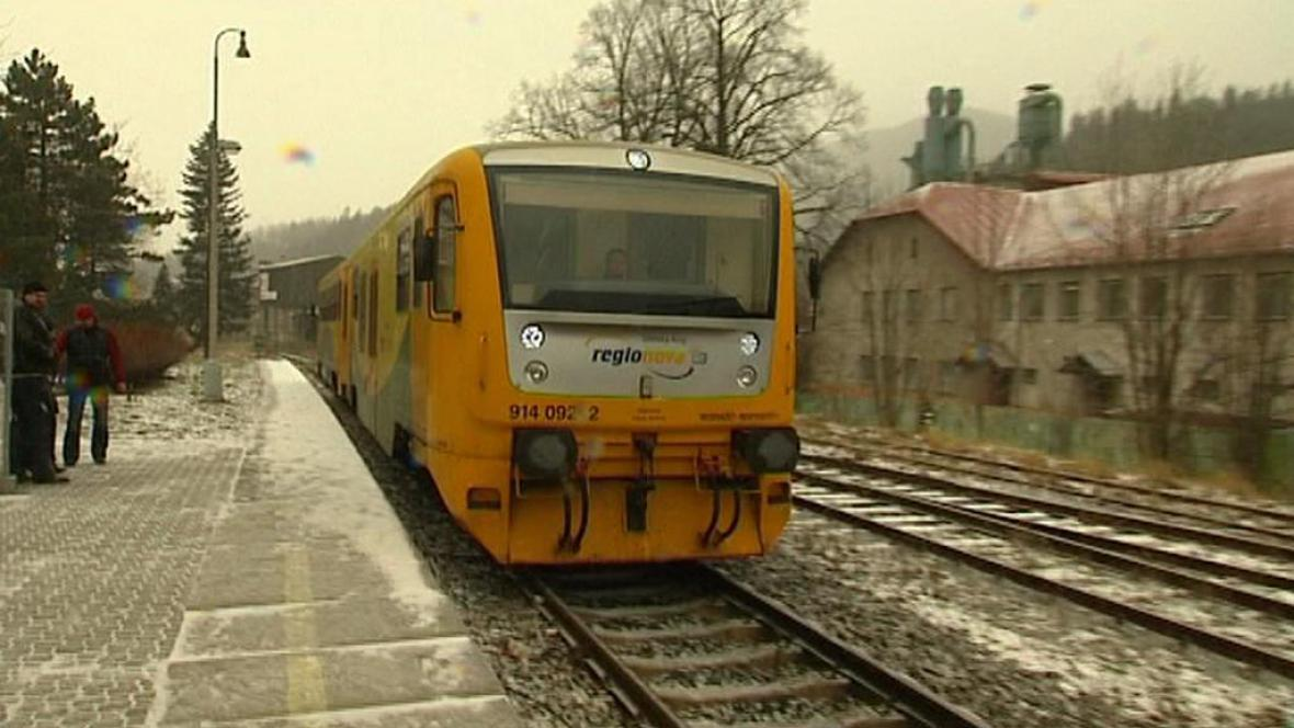 Vlak v zimě