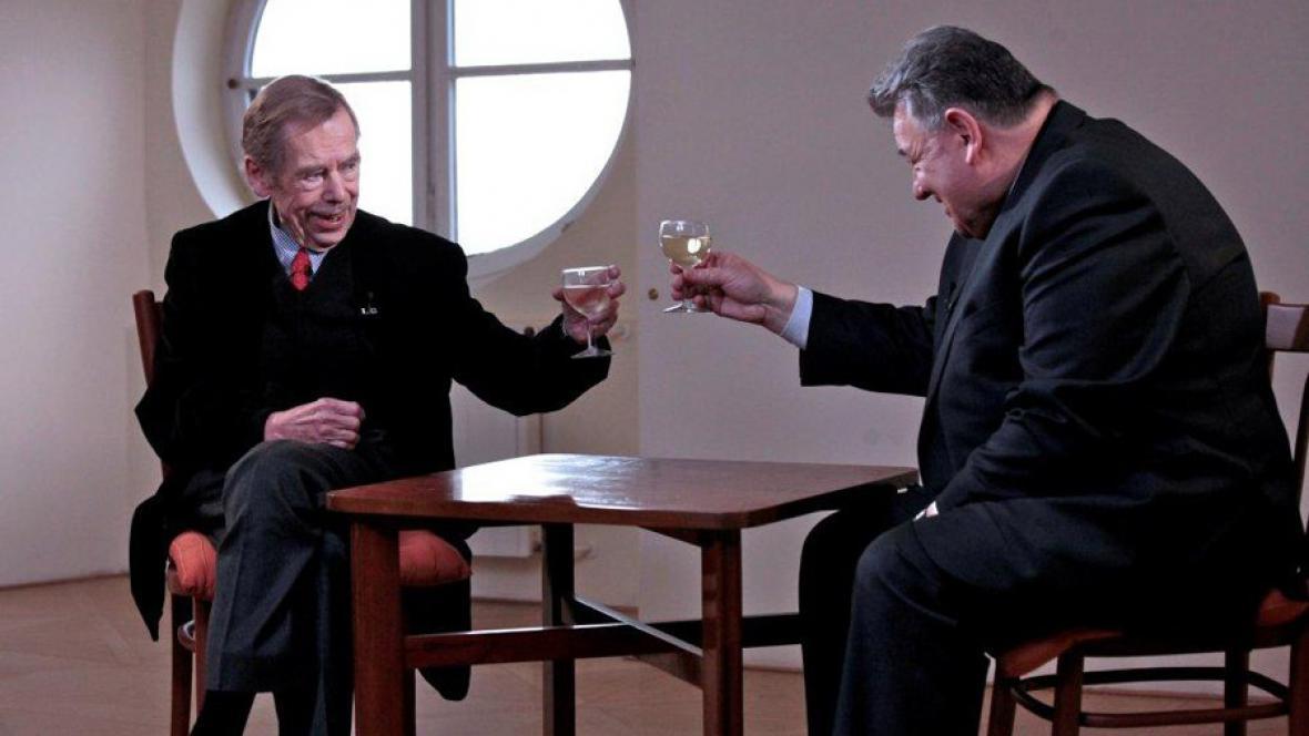 Václav Havel a Dominik Duka v pořadu ČT