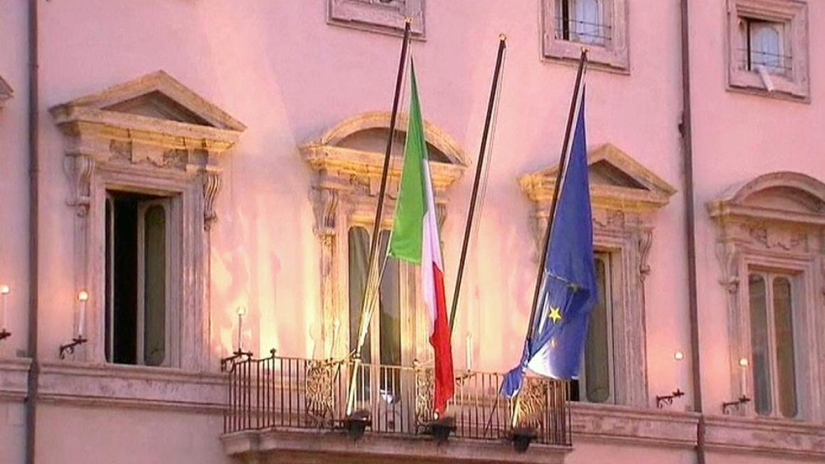 Italská a evropská vlajka