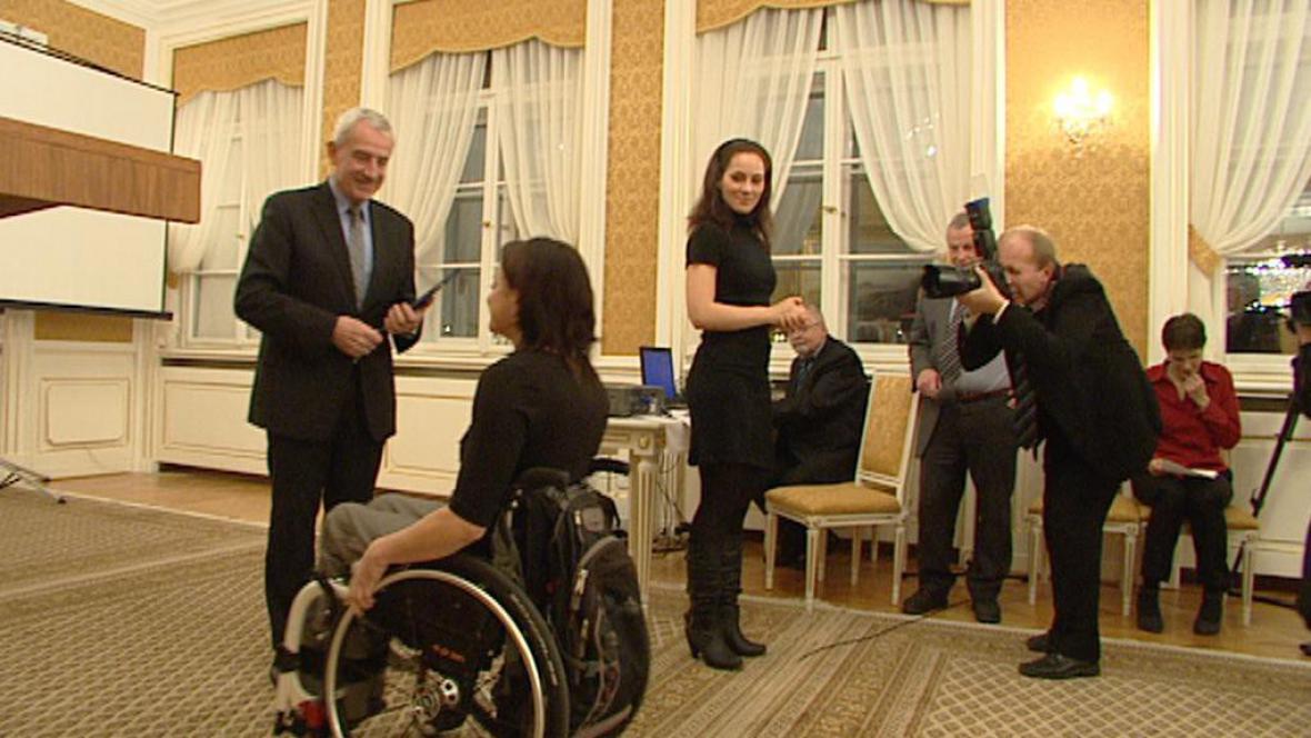 Vláda ocenila handicapované