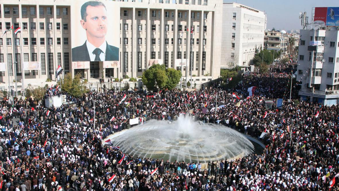 Příznicvi Bašára Asada protestují proti sankcím