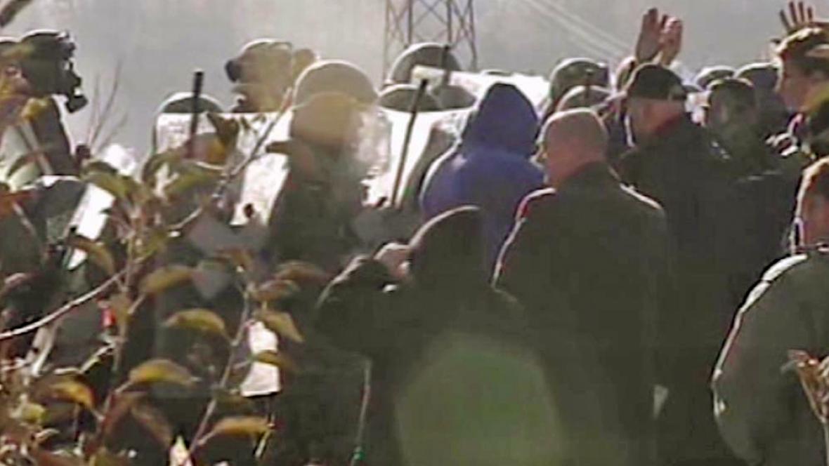 Střety jednotek KFOR s kosovskými Srby