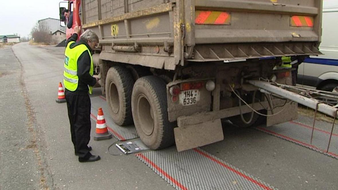 Vážení nákladních vozů