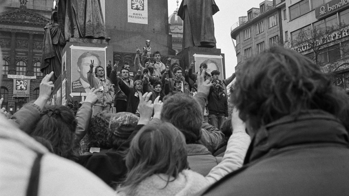 Sametová revoluce v roce 1989
