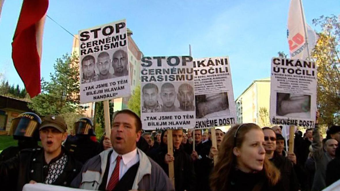 Romové chtějí do Rotavy svolat mítink v reakci na pochod učitelů