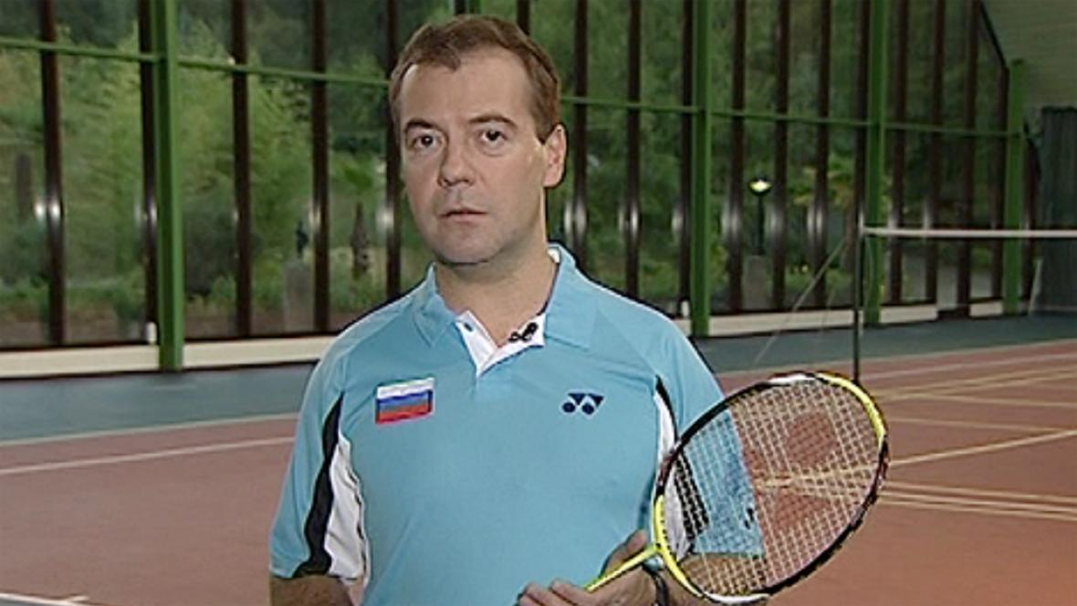 Nadšený badmintonista Dmitrij Medveděv