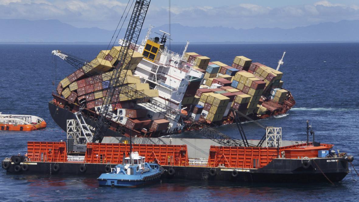 Nákladní loď Rena