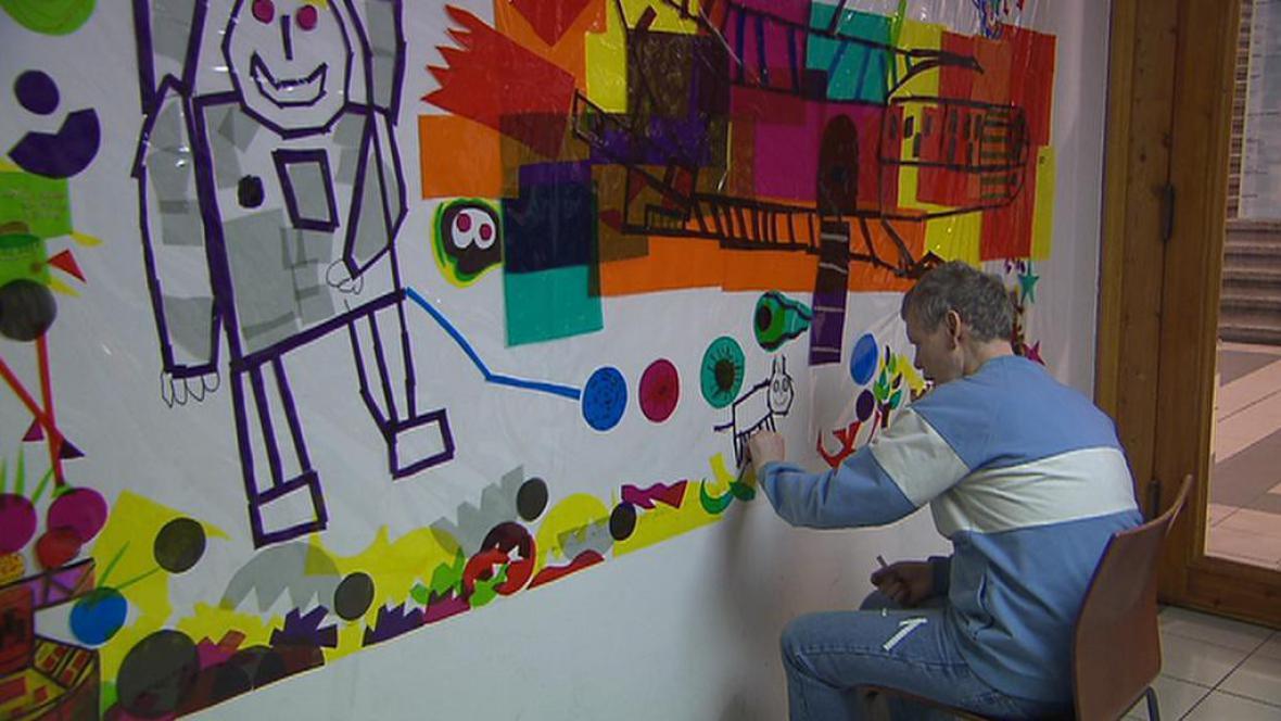 Součástí festivalu jsou i výtvarná díla handicapovaných