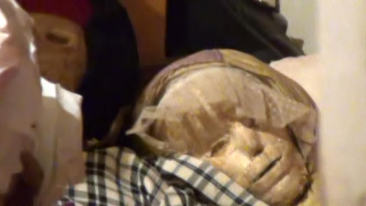 V Moskvinově bytě se našly mumifikované mrtvoly