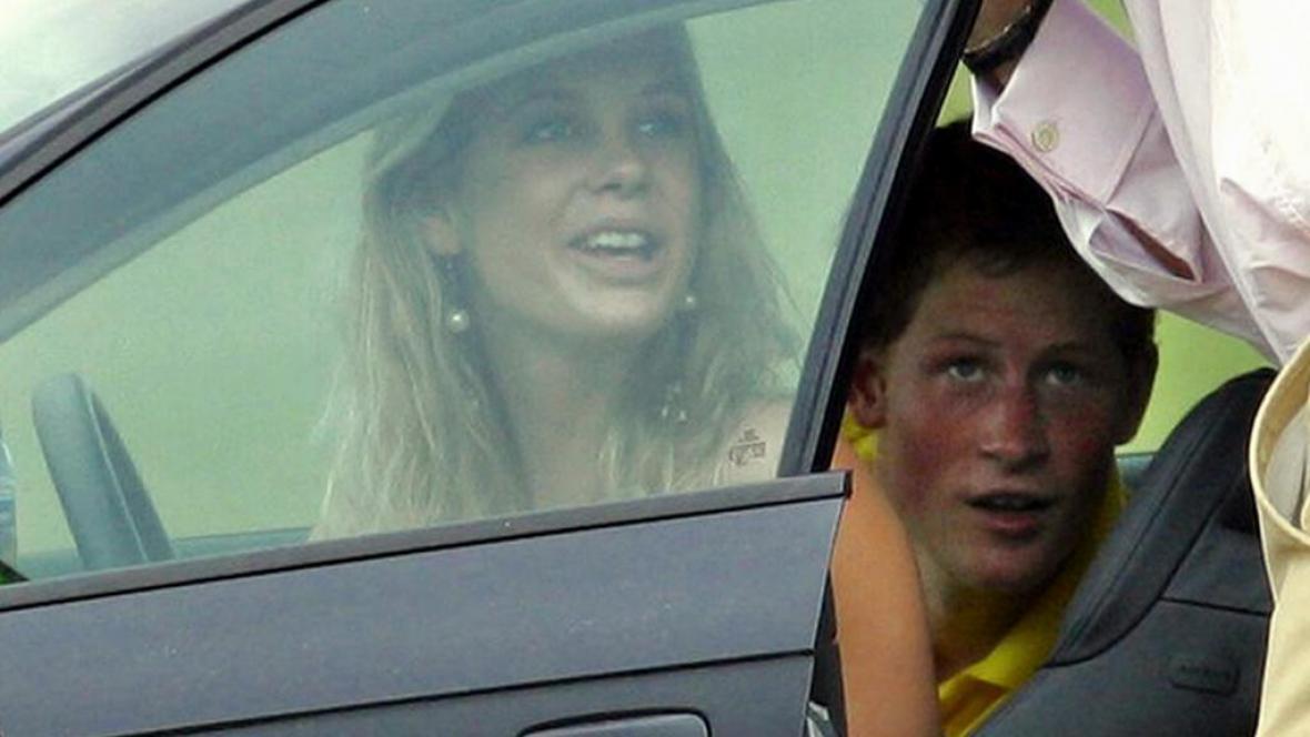 Breitský bulvár sledoval prince Harryho i jeho bývalou přítelkyni