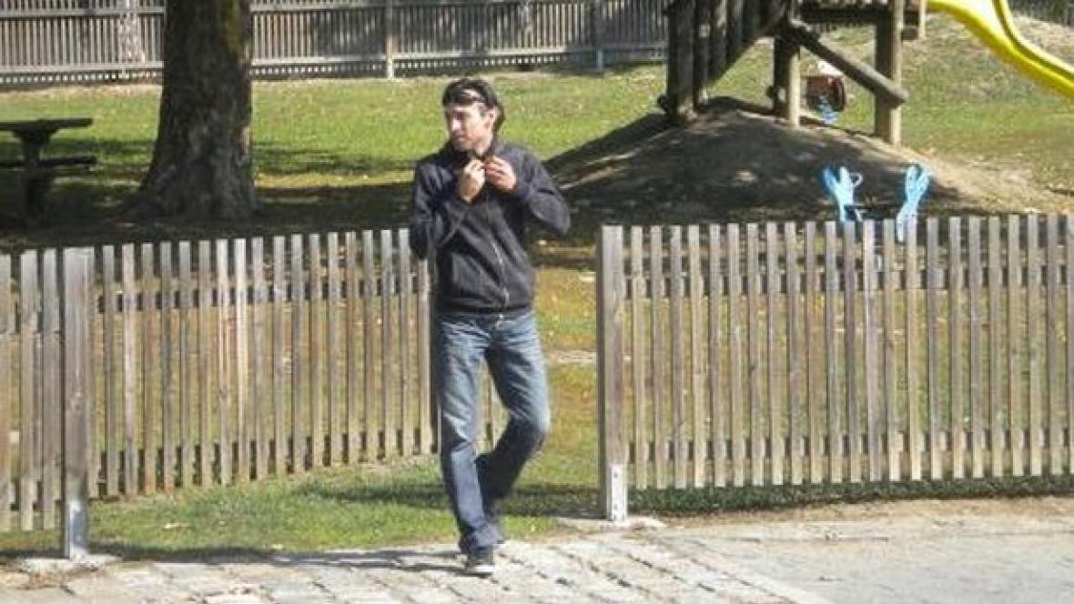 Hledaný muž, kvůli kterému policie obklíčila Malou Louku