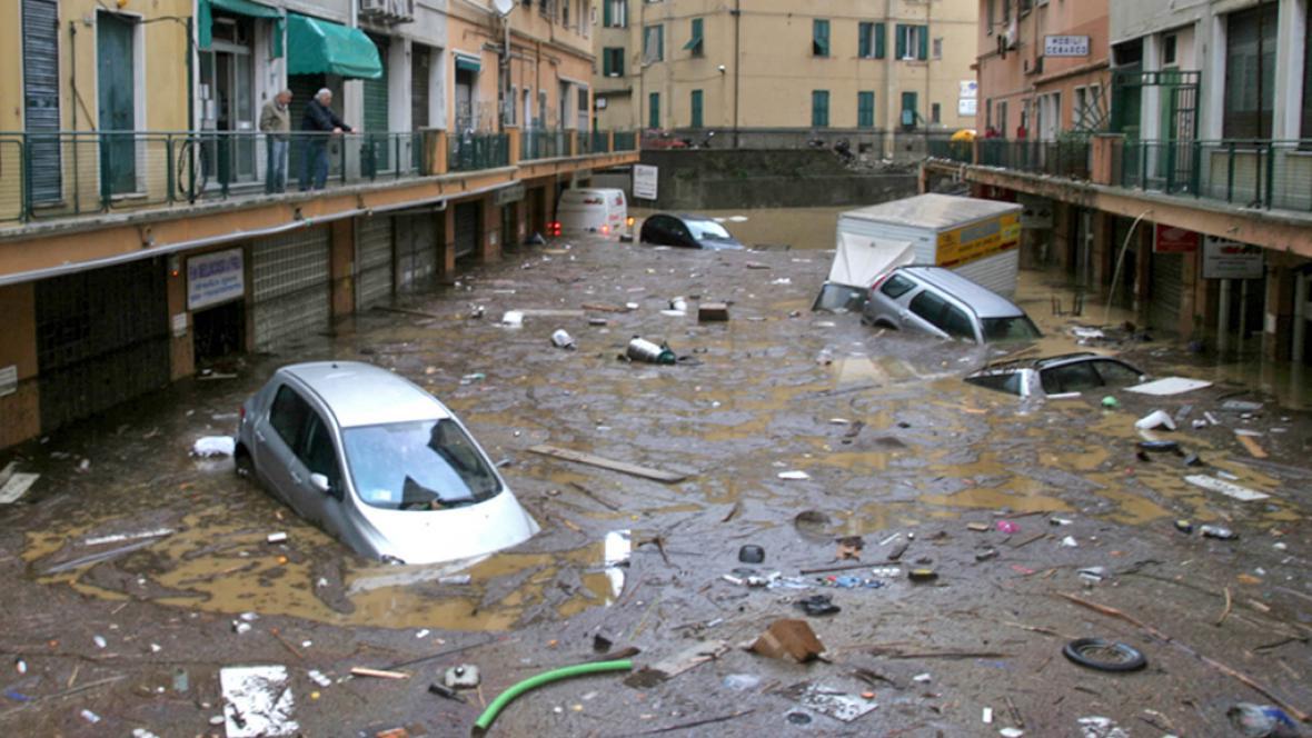 Záplavy v Janově