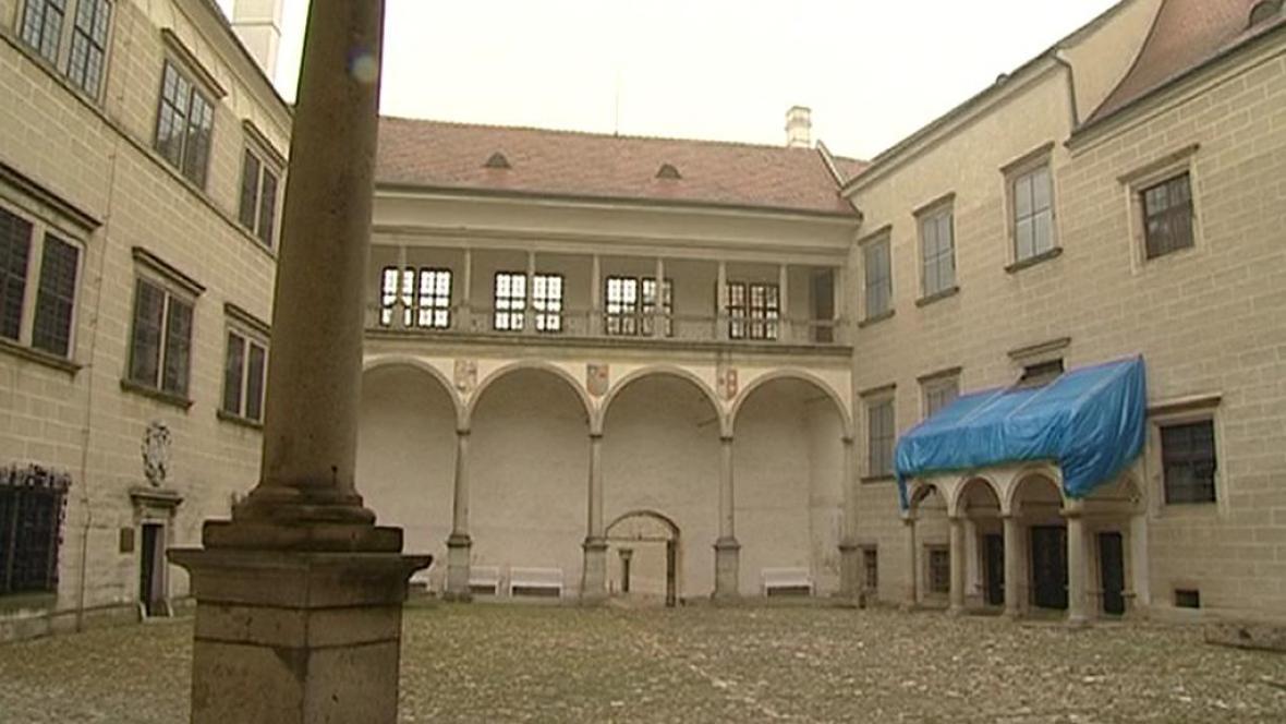 Nádvoří zámku v Telči