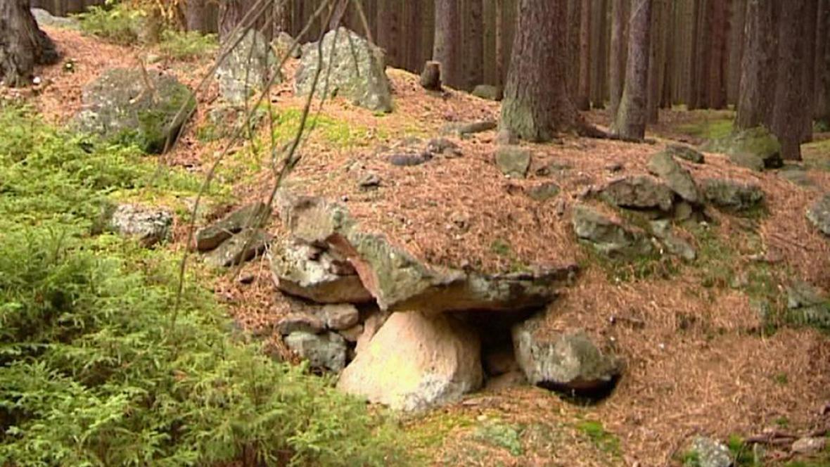 Kameny u Nečtin