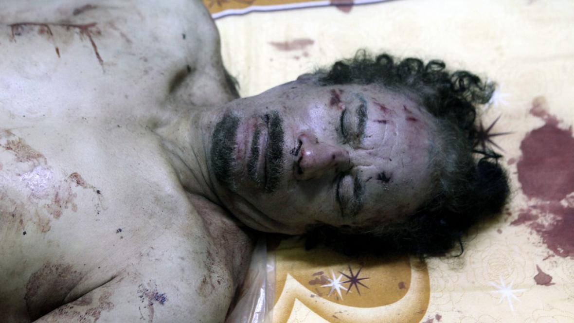Tělo libyjského diktátora