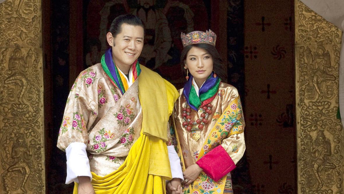 Bhútánský král Džigme Khesar Namgjel Vangčuk se oženil se studentkou Džetsun Pema