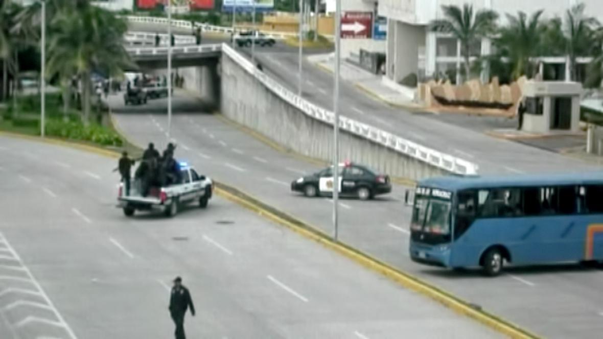 Na ulici v Boca del Río se našlo 35 mrtvol