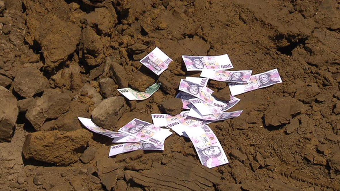 Peníze ve stavebních zakázkách