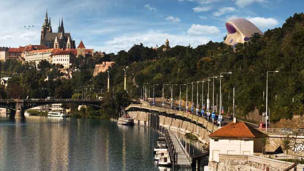 Pohled na blob na Letné ze Štefánikova mostu