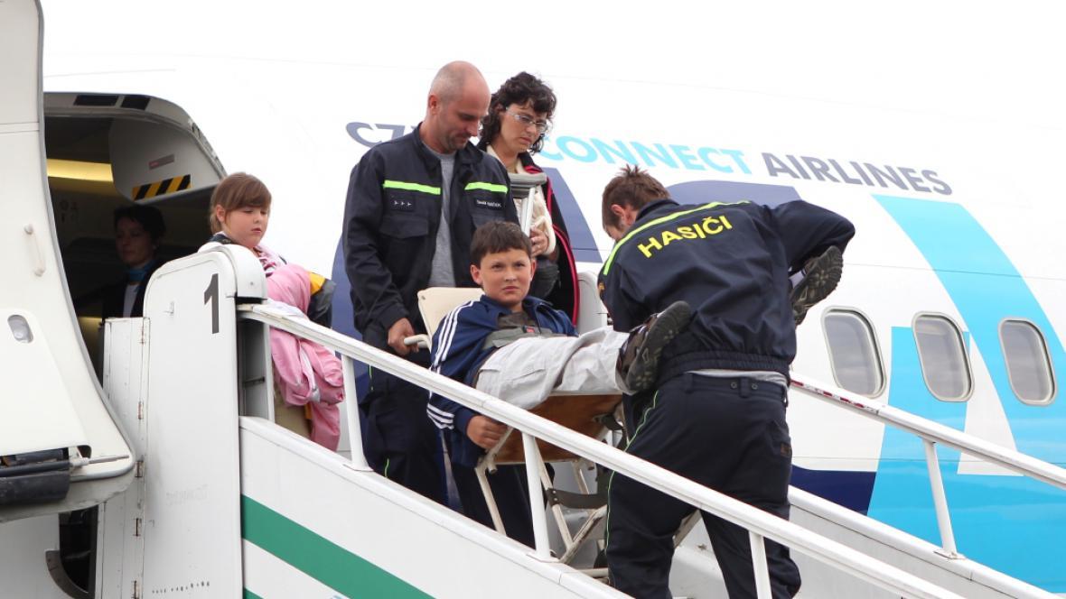 Návrat českých turistů z Řecka