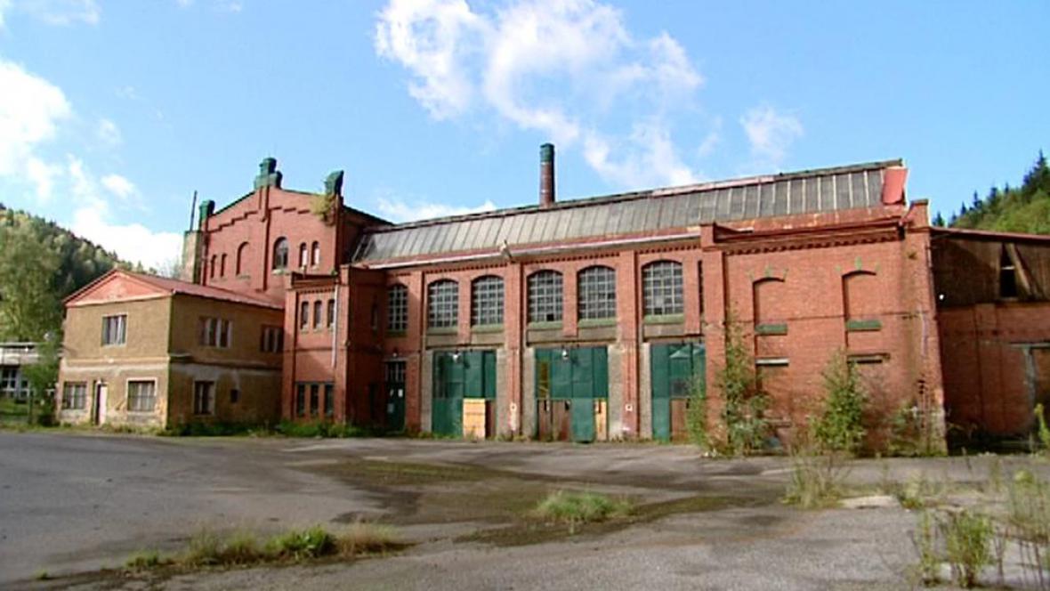 Bývalá továrna v Kraslicích