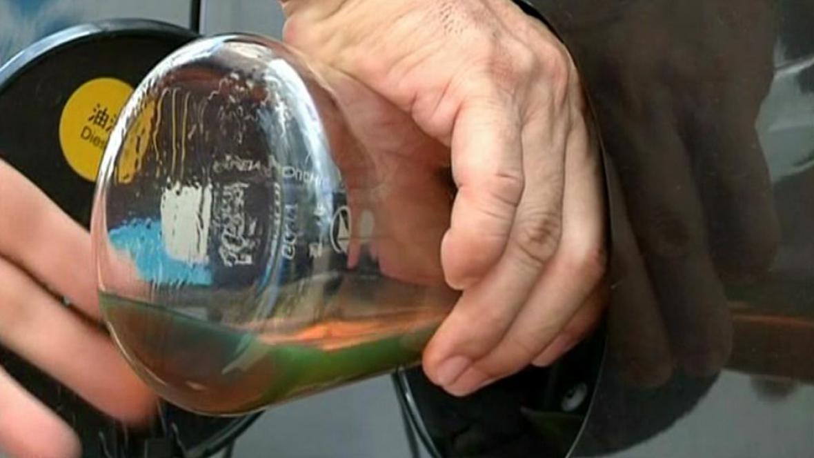 Nafta vyrobená z plastů