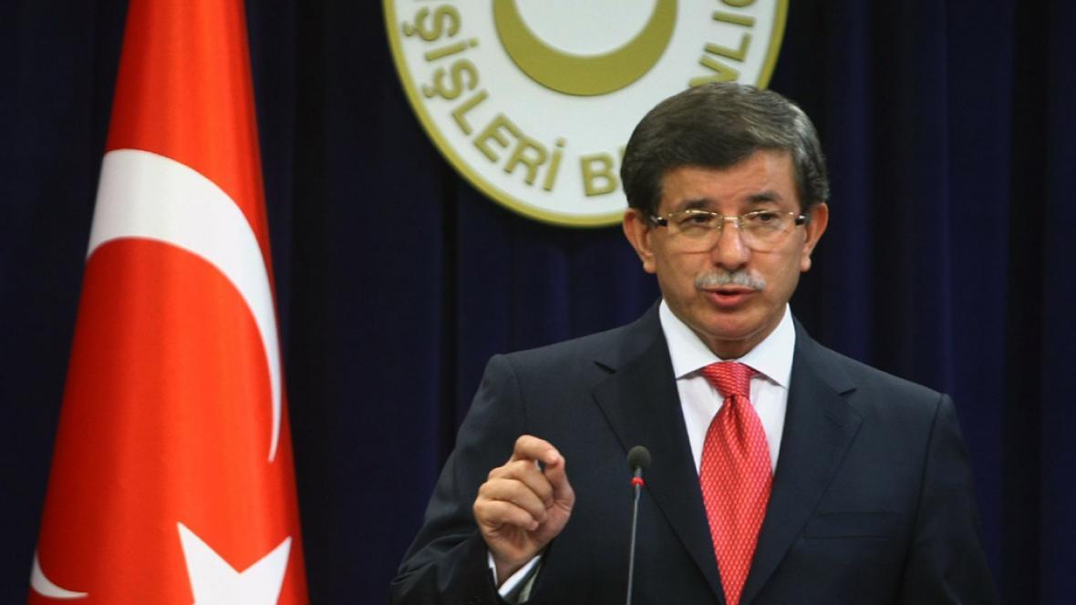 Turecký ministr zahraničí Ahmet Davutoglu