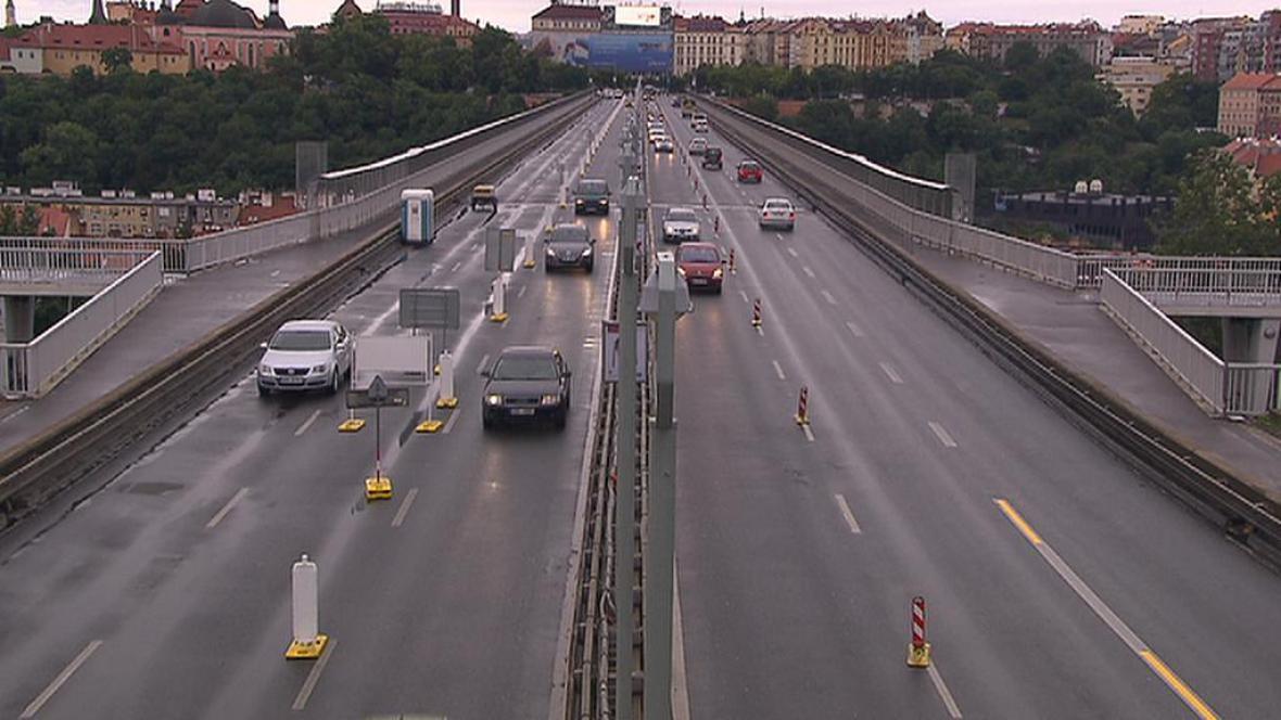 Omezení na Nuselském mostě
