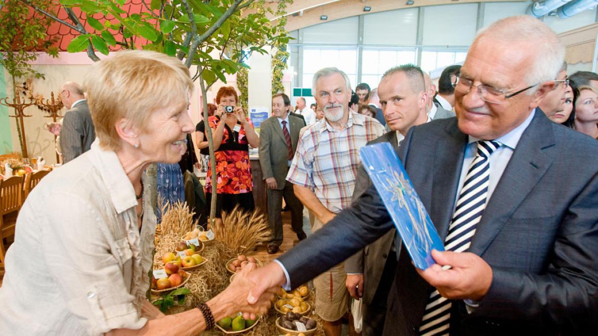 Prezident Klaus na agrosalonu Země živitelka