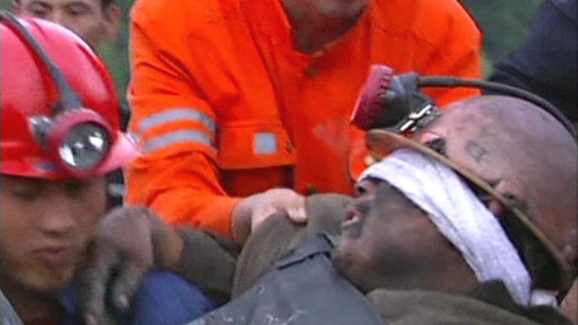Záchrana čínských horníků