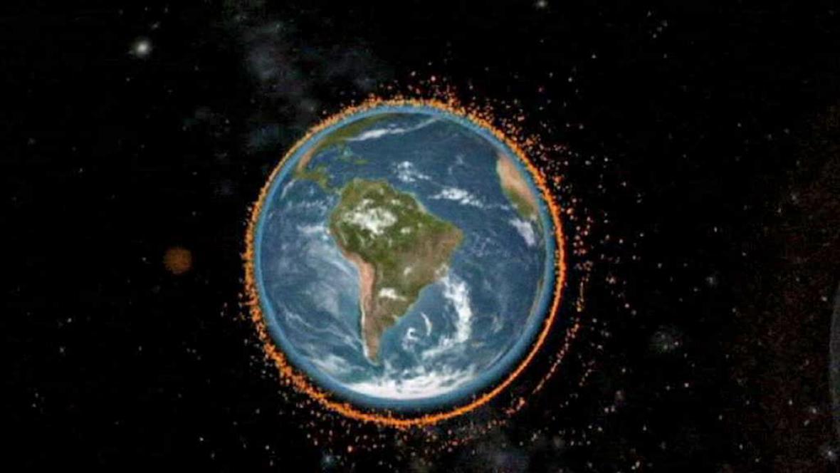 Oběžnou dráhu Země ohrožuje vesmírný odpad