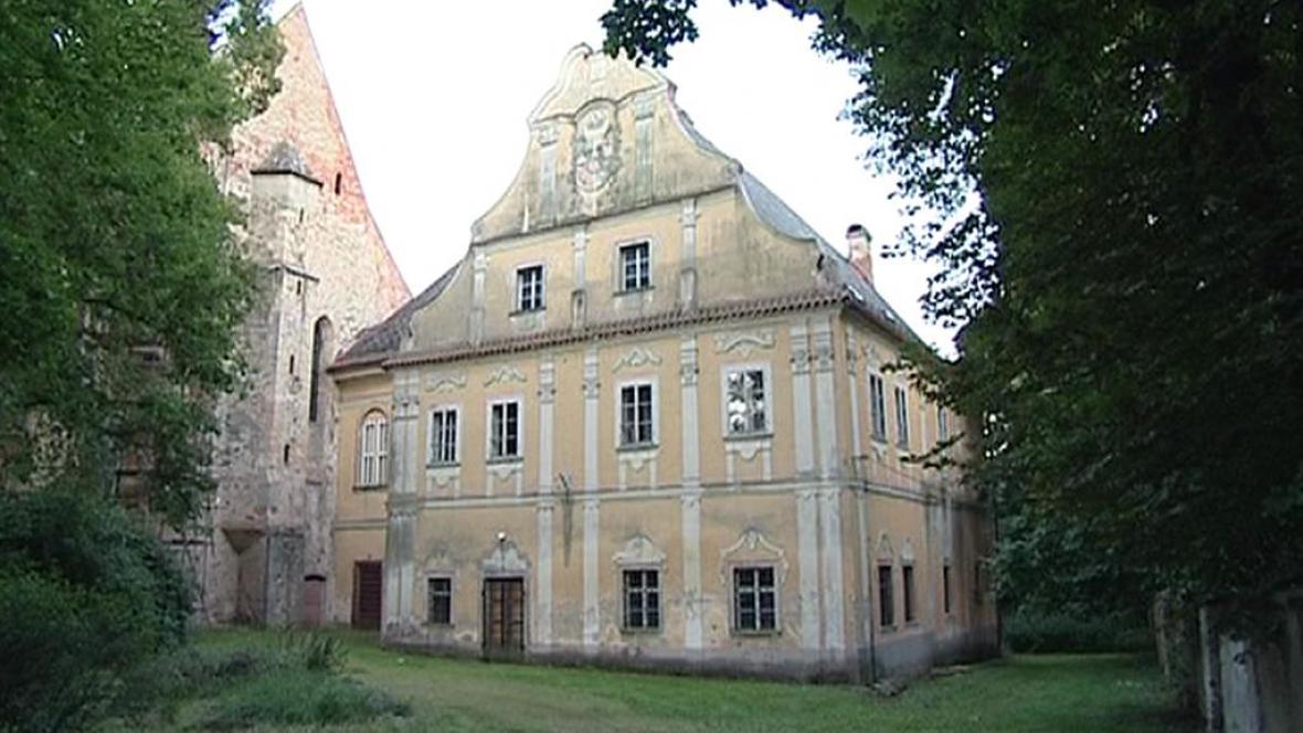 Pohledský zámek