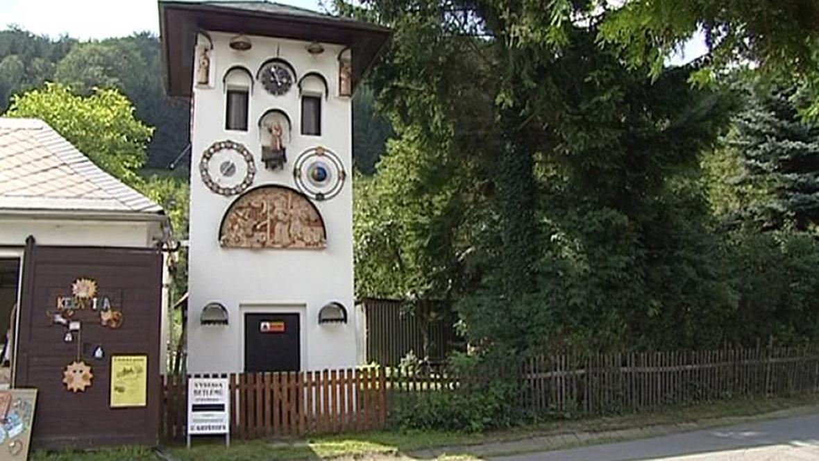 Orloj v Kryštofově Údolí