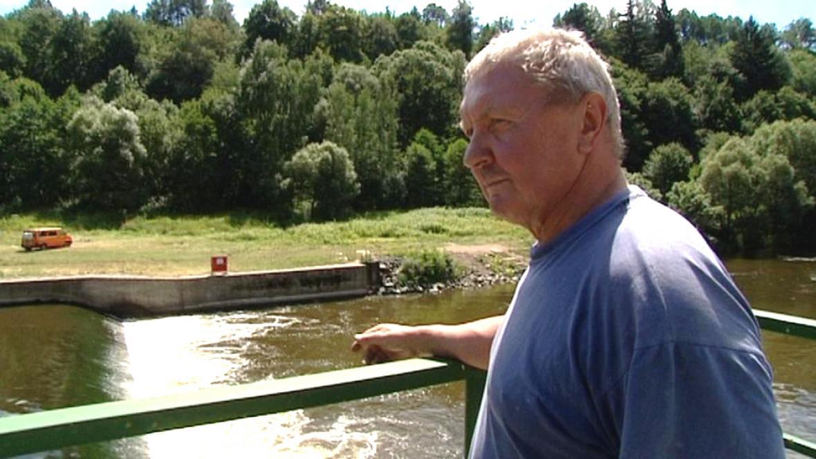 Jan Čečrle nad radošovským jezem