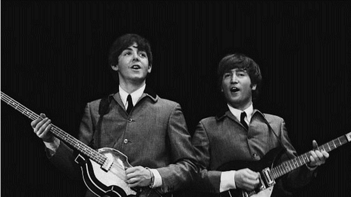 Paul McCartney a John Lennon