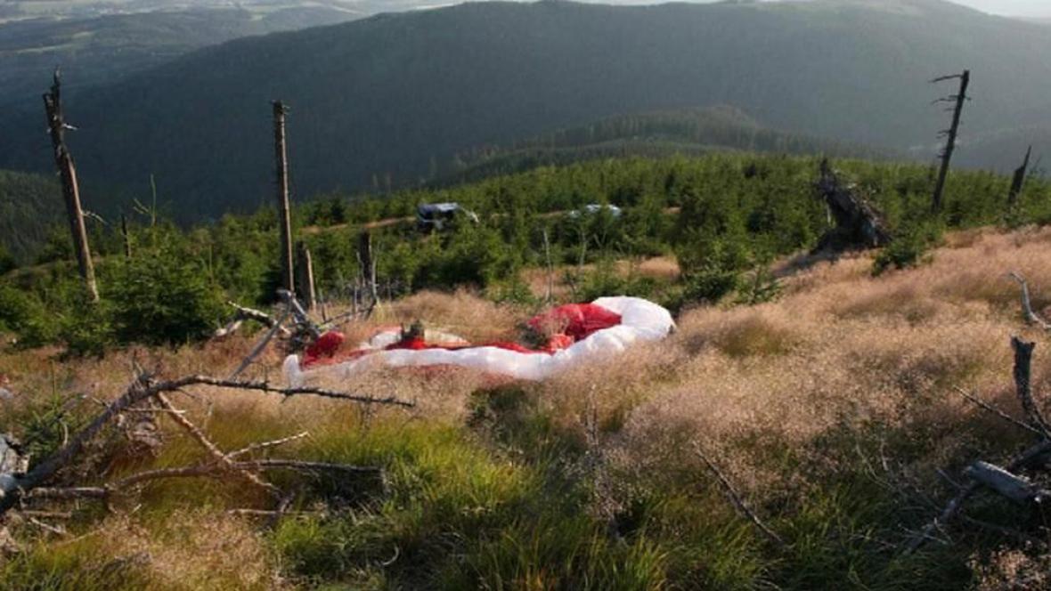Nehoda paraglidu