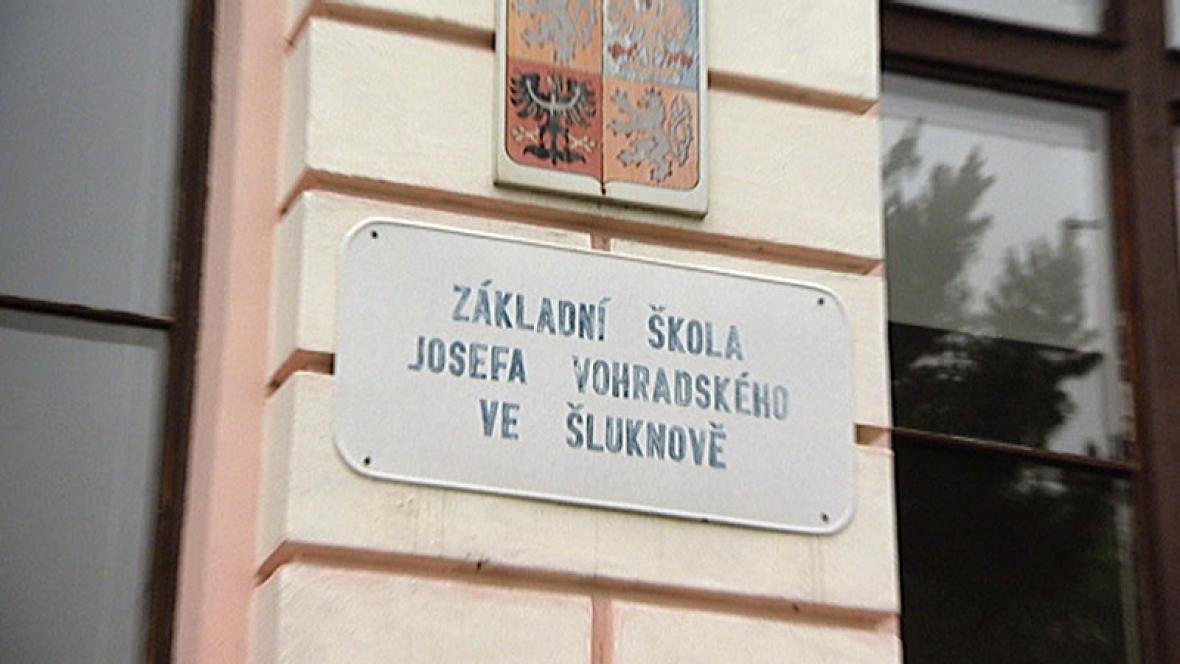 Škola Šluknov