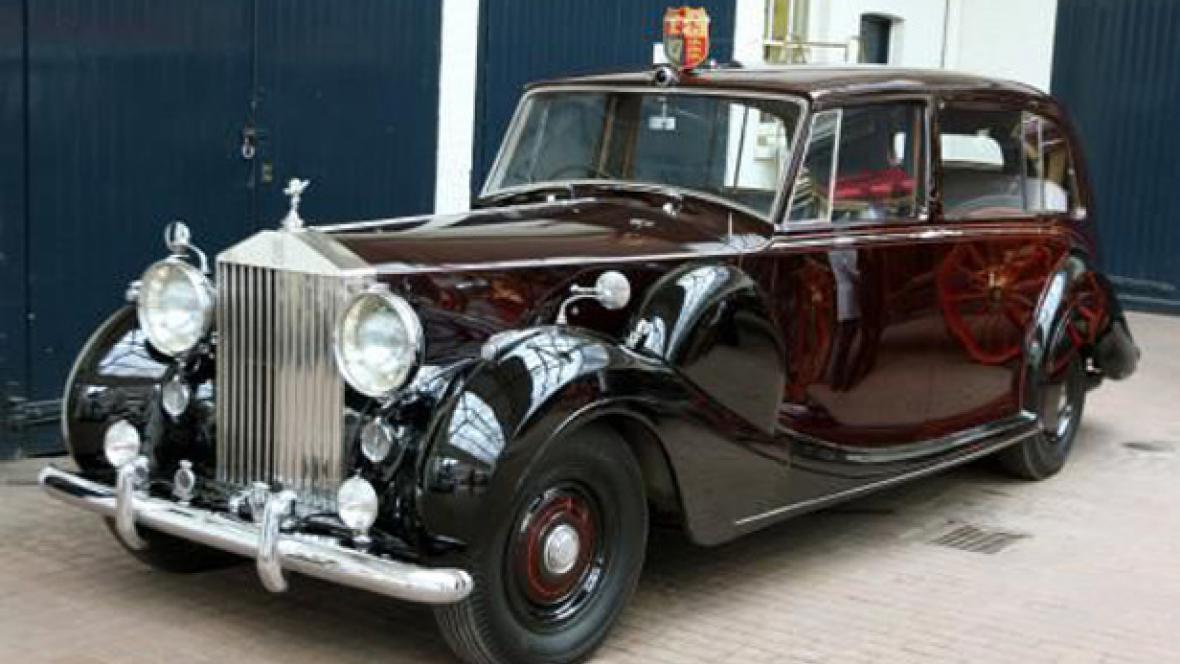 Rolls-Royce Phantom VI poveze ve svatební den Kate Middletonovou
