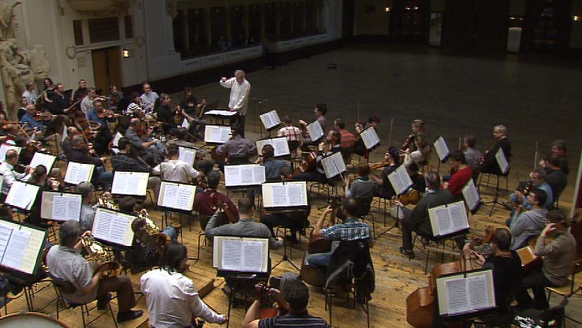 Zkouška symfonie Sylvie Bodorové