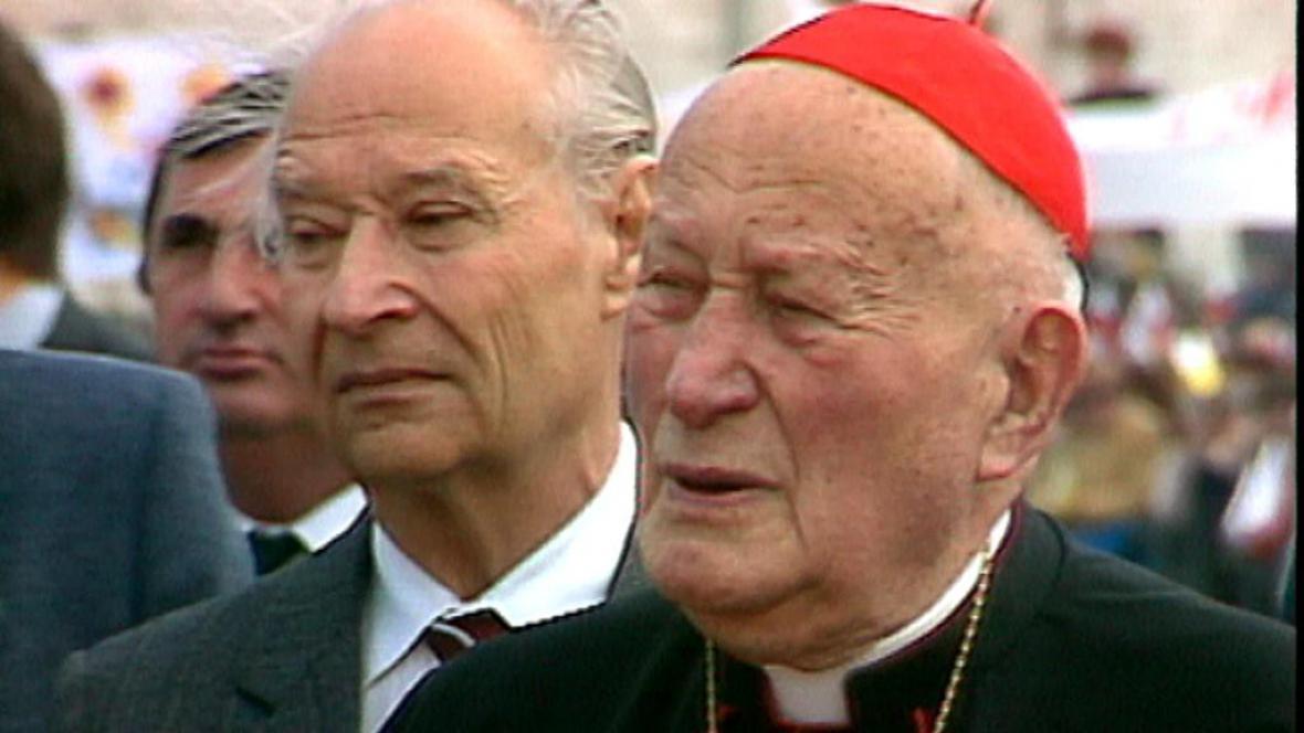 Alexandr Dubček a kardinál Tomášek